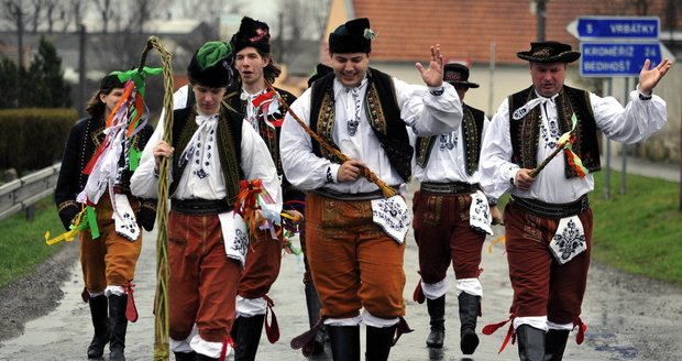 1631934-img-velikonoce-zvyky-tradice